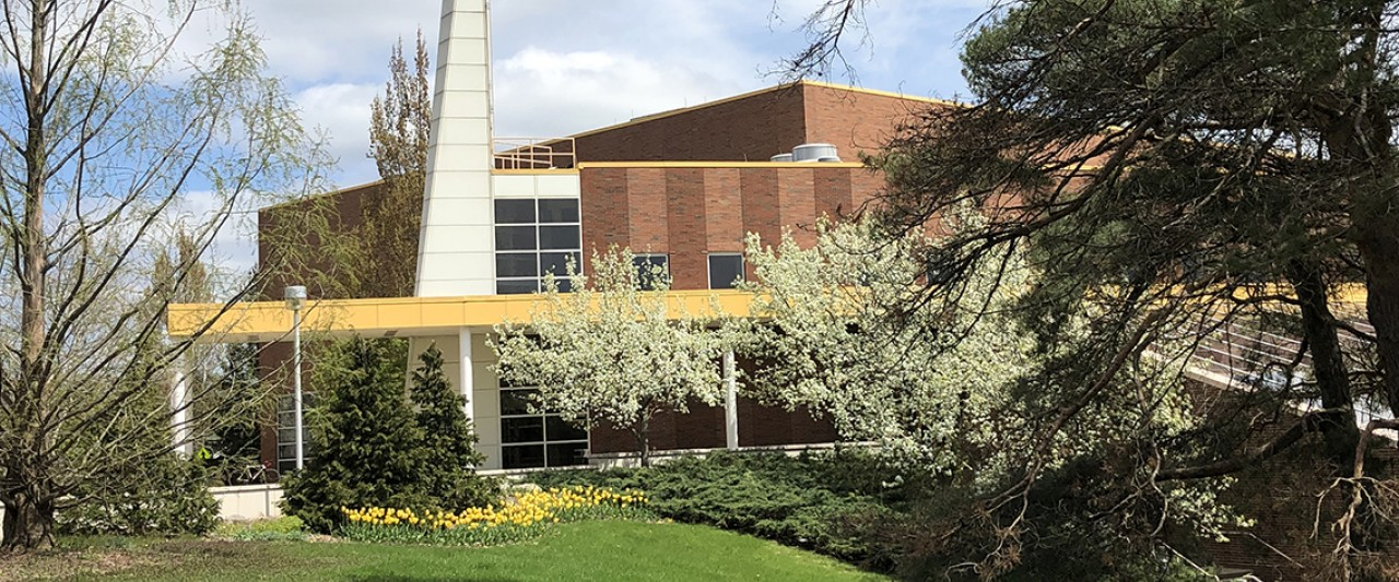 Spring photo of SRC builidng