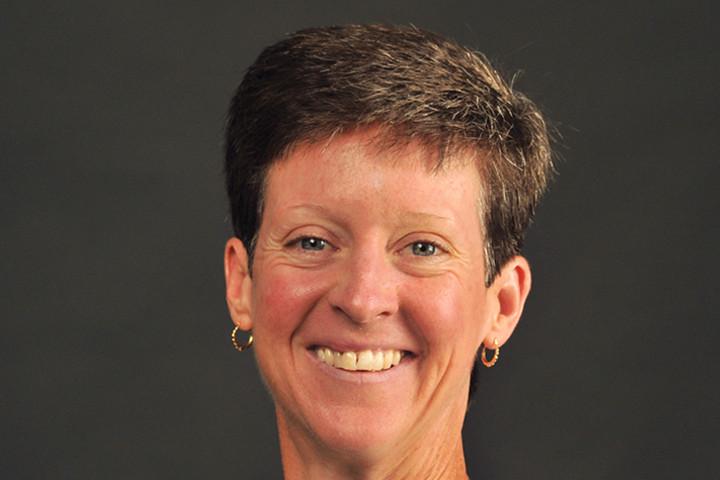 Dr. Suzan Ayers headshot