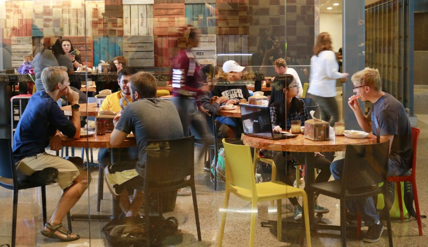 Valley Dining Center seating area filled with students