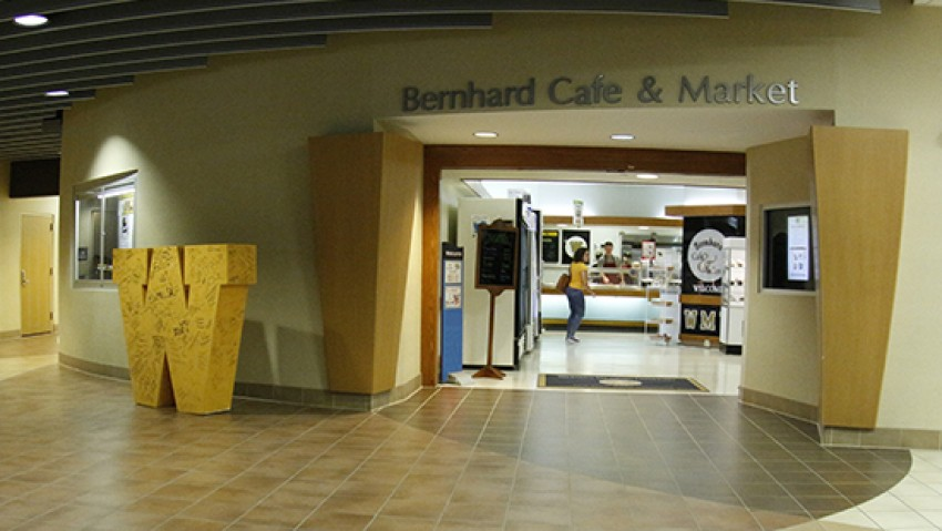 Photo of the Bernhard Café entrance