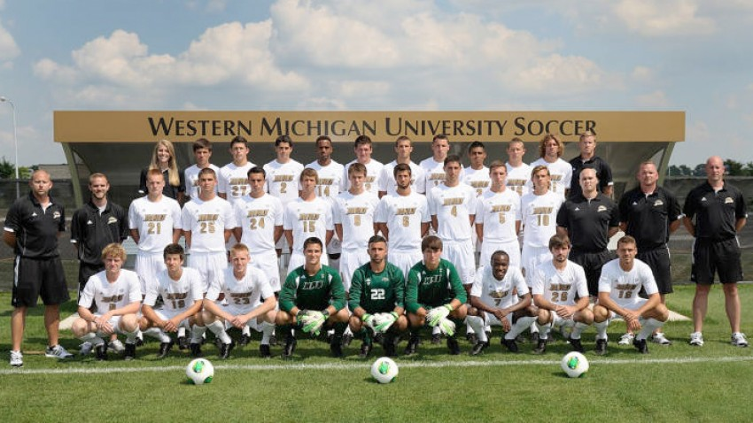 Photo of the 2013-14 men's soccer team.