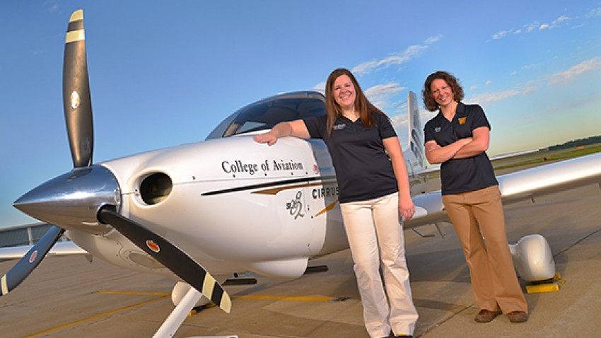 Photo of pilots Elizabeth Howerton and Sara Karsten.