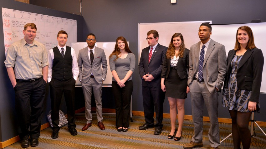 Photo of winners at the 2015 Pitch Competition.