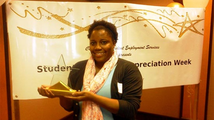 Photo of Demetria Jones with her award.