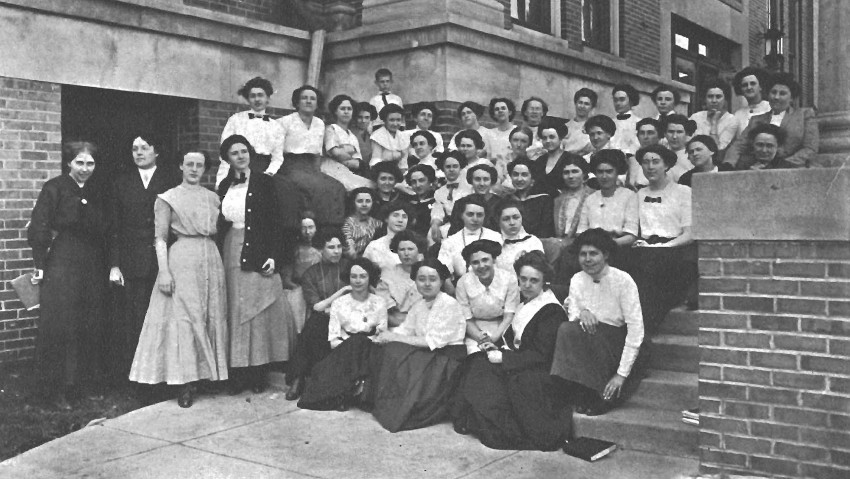 Photo of WMU suffragists.